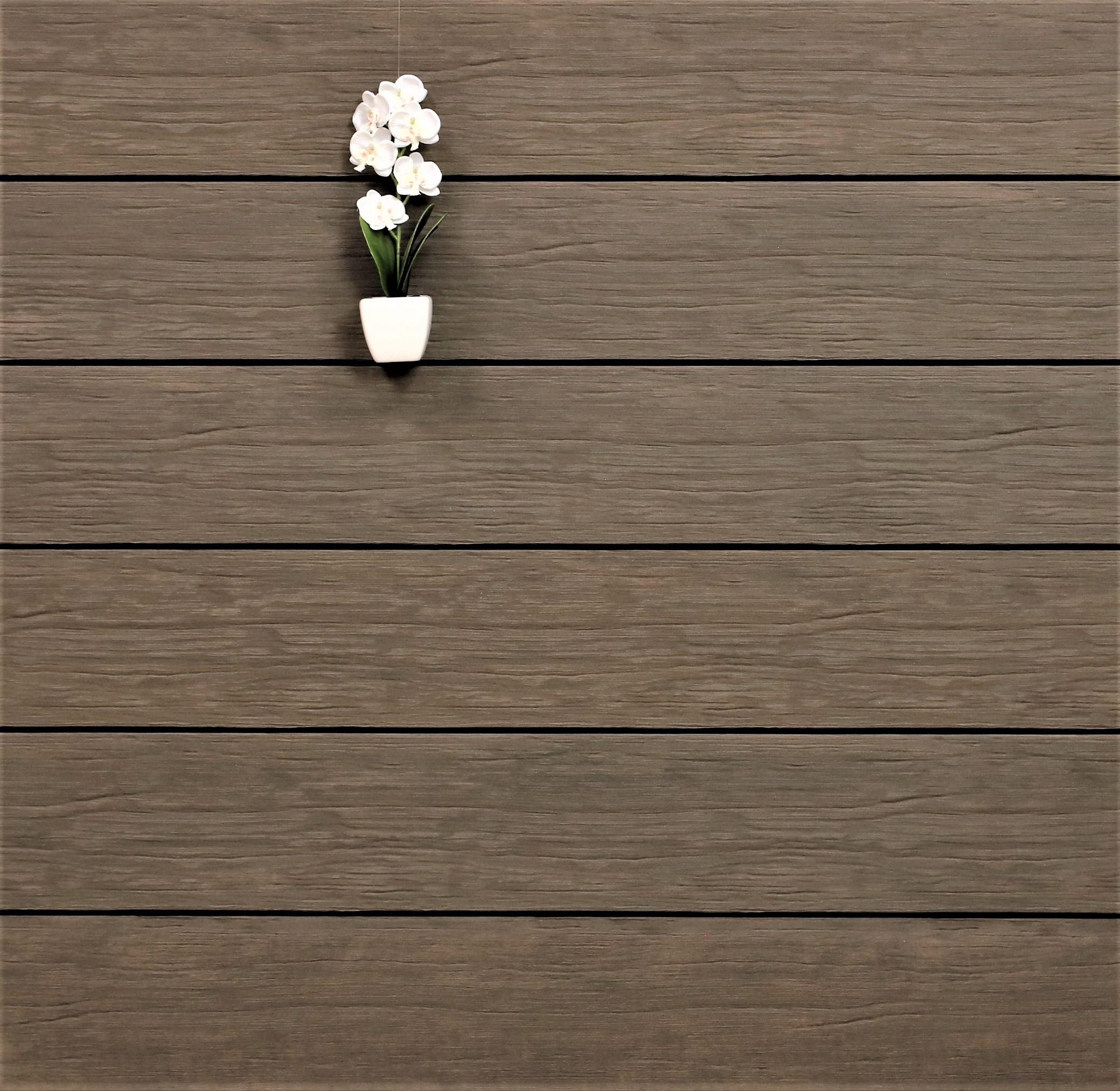 WPC Terrasse massiv, sand, Oberfläche antik gealtert, 22 x 143 bis 4800 mm, Vollprofil, 8,40 €/lfm