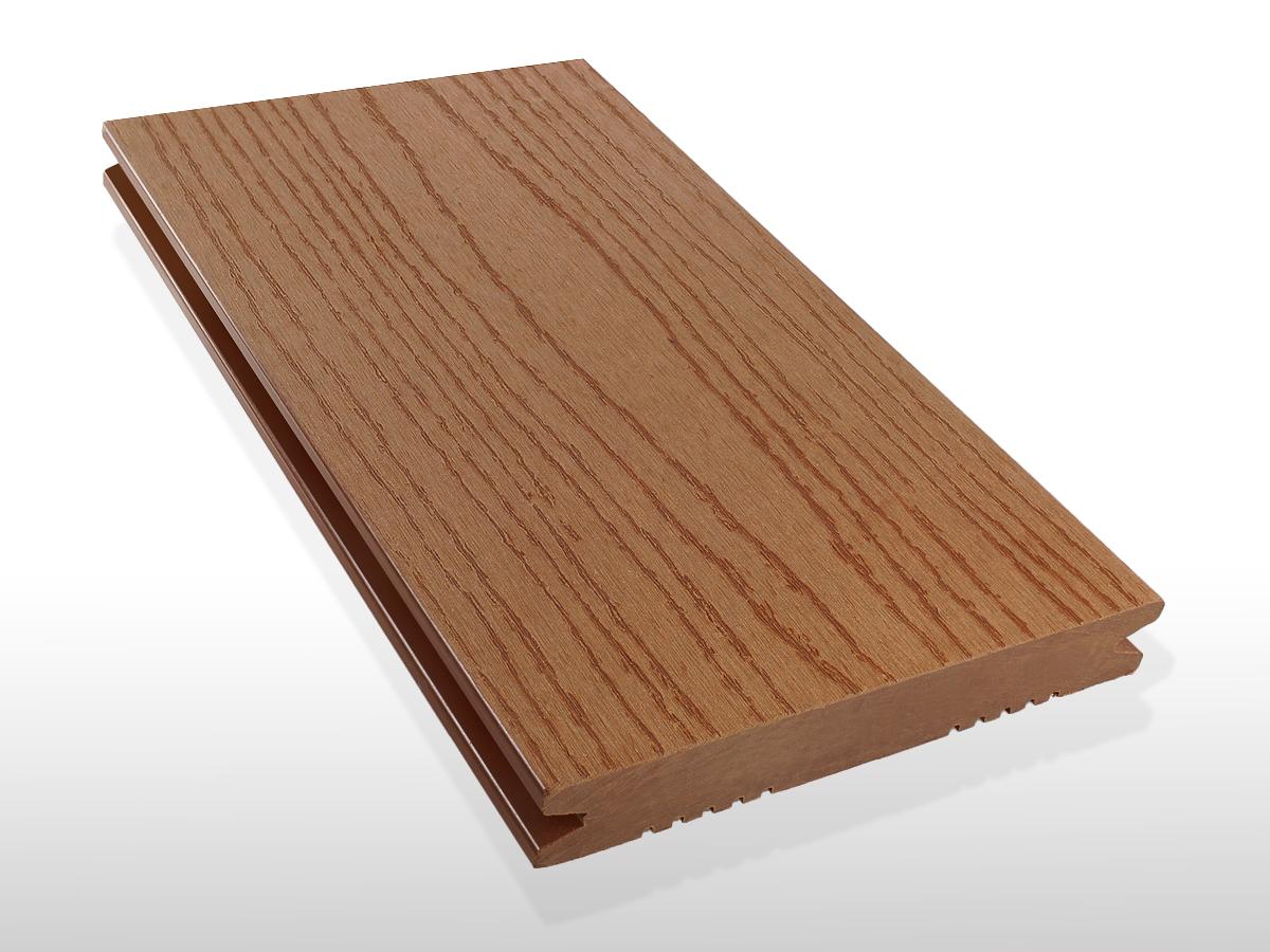 WPC Terrasse massiv, hellbraun, Oberfläche Struktur in Holzoptik, 22 x 143 bis 4800 mm, Vollprofil, 7,90 €/lfm